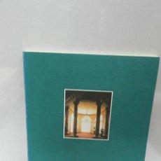 Libros de segunda mano: REHABILITACIÓN DEL HOTEL MARÍA CRISTINA. SAN SEBASTIÁN ARQUITECTURA. Lote 148766213