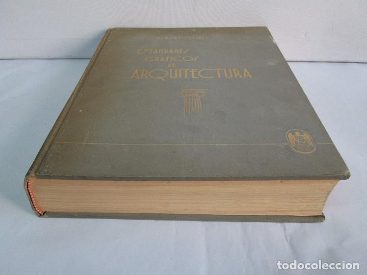 Libros de segunda mano: ESTANDARES GRAFICOS DE ARQUITECTURA. RAMSEY - SLEEPER. U. TIPOGRAFICA EDITORIAL HISPANO AMERICA 1962 - Foto 3 - 109542607