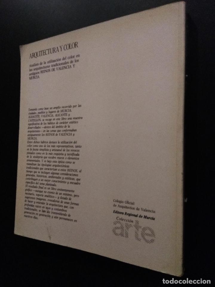 Libros de segunda mano: ARQUITECTURA Y COLOR. HERVÁS AVILÉS, JOSÉ MARÍA - ALFONSO SEGOVIA MONTOYA - Foto 3 - 196036002