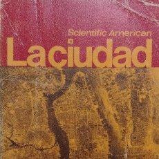 Libros de segunda mano: LA CIUDAD. MADRID : ALIANZA EDITORIAL, 1967. . Lote 117954687