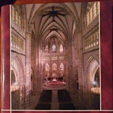 Libros de segunda mano: LA CATEDRAL DE SANTIAGO. BILBAO.. Lote 120135735