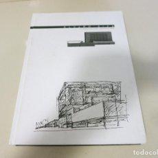 Libros de segunda mano: ARQUITECTURA ALVARO SIZA Y LA ARQUITECTURA UNIVERSITARIA . Lote 128137127