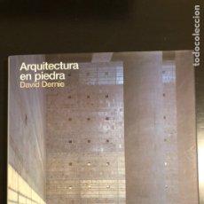 Libros de segunda mano: ARQUITECTURA EN PIEDRA. DAVID DERNIE. Lote 138691969