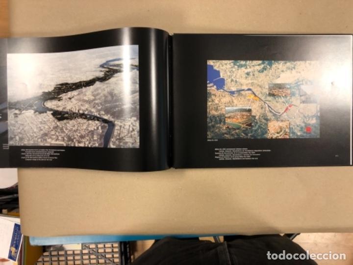 Libros de segunda mano: BILBAO, UNA VISIÓN URBANA (1300-2000). VV.AA.. EDITA COAVN BIZKAIA EN 2001. - Foto 23 - 154499194