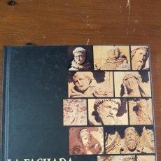 Libros de segunda mano: LA FACHADA DE SAN ESTEBAN SALAMANCA. Lote 170088566