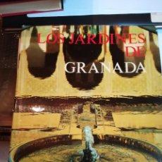 Libros de segunda mano: LOS JARDINES DE GRANADA. FCO. PRIETO MORENO.DIRECCIÓN GENERAL BELLAS ARTES. MINISTERIO DE EDUCACIÓN.. Lote 181030202