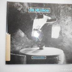 Libros de segunda mano: XAVIER LORES ROSAL OS MUIÑOS (GALLEGO) Y98815T . Lote 194580603