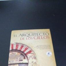 Libros de segunda mano: EL ARQUITECTO DE LOS CIELOS. Lote 257739470