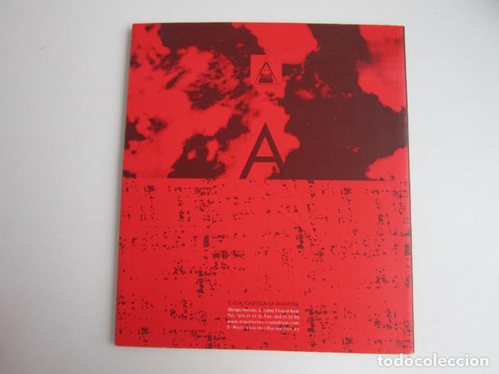 Libros de segunda mano: COLEGIO DE ARQUITECTOS DE CIUDAD REAL. CONCURSO PARA LA NUEVA SEDE COLEGIAL. ARQUITECTURA 2002 - Foto 2 - 287790768