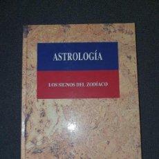 Libros de segunda mano: LIBRO - ASTROLOGÍA - LOS SIGNOS DEL ZODÍACO -TAPA DURA - 151 PGS. . Lote 171628450
