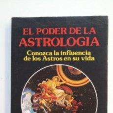 Libros de segunda mano: EL PODER DE LA ASTROLOGIA. DR. KLAUS BERGMAN. CONOZCA LA INFLUENCIA DE LOS ASTROS EN SU VIDA. TDK403. Lote 175004052