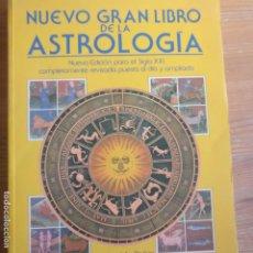 Libros de segunda mano: NUEVO GRAN LIBRO DE LA ASTROLOGÍA PARKER, DEREK Y JULIA PUBLICADO POR DEBATE (1991) 287PP. Lote 186079753