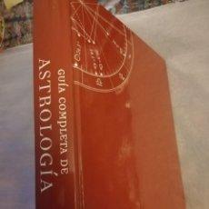 Libros de segunda mano: GUIA COMPLETA DE ASTROLOGÍA. JULIA Y PARKER. GRIJALBO. ED ACTUALIZADA 2007. Lote 211526575
