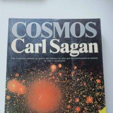 Libros de segunda mano: COSMOS CARL SAGAN. Lote 224330680