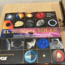 Libros de segunda mano: LIBRO EL SISTEMA SOLAR. Lote 263028840