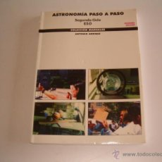 Libros de segunda mano: ANTONIO ARRIBAS. ASTRONOMÍA PASO A PASO. SEGUNDO CICLO ESO. RM69168. . Lote 49209631