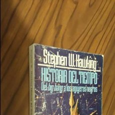 Livros em segunda mão: HISTORIA DEL TIEMPO. STEPHEN W. HAWKING. DEL BING BANG A LOS AGUJEROS NEGROS. ALIANZA. 1992. Lote 52123813