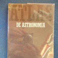 Libros de segunda mano: ATLAS DE ASTRONOMIA ALIANZA ATLAS. Lote 146201242