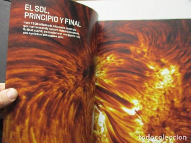 Libros de segunda mano: El Sistema Solar. national Geographic - COMO NUEVO - Foto 8 - 165273942