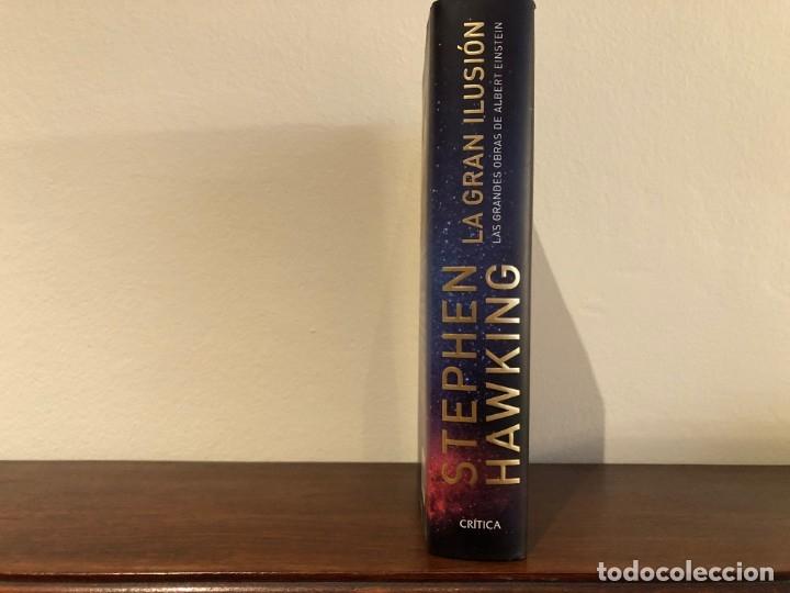 Libros de segunda mano: La gran ilusión. Las grandes obras de Alvbert Einstein. Stephen Hawking. Edit. Crítica. Nuevo - Foto 2 - 180033371