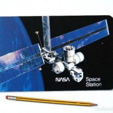 Libros de segunda mano: NASA SPACE STATION 1985 (PUBLICACIÓN ORIGINAL EP-211 PRIMEROS PROYECTOS ESTACIÓN ESPACIAL) 30 PP. Lote 194156061