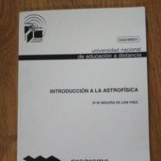 Libros de segunda mano: INTRODUCCIÓN A LA ASTROFÍSICA - BEGOÑA DE LUIS - UNED - PROGRAMA DE FORMACIÓN DEL PROFESORADO. Lote 194964096