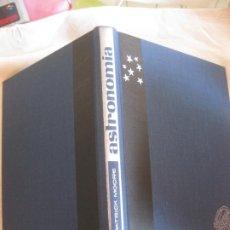 Libros de segunda mano: ASTRONOMIA. PATRICK MOORE. EDITORIAL VERGARA 1963.. Lote 209952005