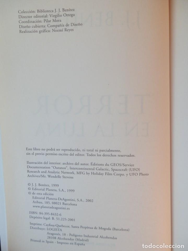 Libros de segunda mano: BIBLIOTECA J.J. BENÍTEZ. TERROR EN LA LUNA. EDITORIAL PLANETA DeAGOSTINI. BARCELONA, 2002 - Foto 2 - 221150683