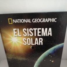 Libros de segunda mano: NATIONAL GEOGRAPHIC. EL SISTEMA SOLAR (ATLAS DEL COSMOS). Lote 222653621