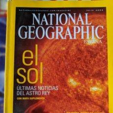 Libros de segunda mano: EL SOL - ESPECIAL DE NATIONAL GEOGRAPHIC - MUY BUEN ESTADO - REGALO HIPOCONDRIA MUY INTERESANTE. Lote 233356640