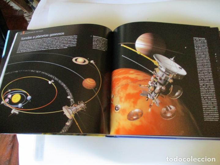 Libros de segunda mano: MARK A. GARLICK Astronomía Biblioteca visual W5040 - Foto 4 - 233493775