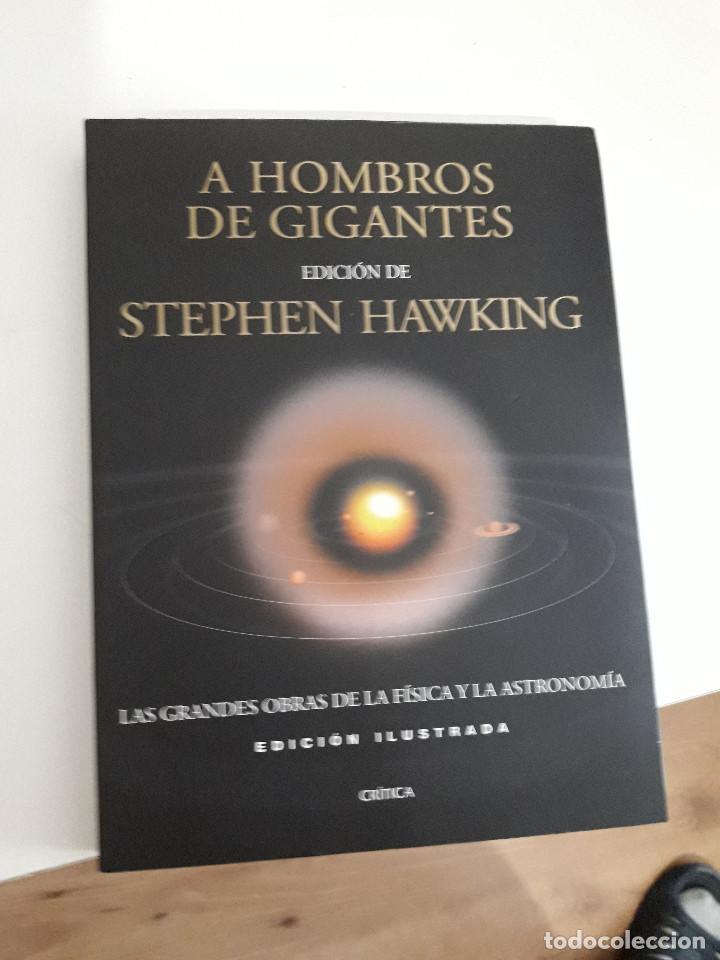 A HOMBROS DE GIGANTES. LAS GRANDES OBRAS DE LA FISICA Y LA ASTRONOMIA , 2004,STEPHEN HAWKING (Libros de Segunda Mano - Ciencias, Manuales y Oficios - Astronomía)