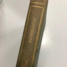 Libros de segunda mano: MACNEICE LOUIS ASTROLOGIA 1968. Lote 236783570