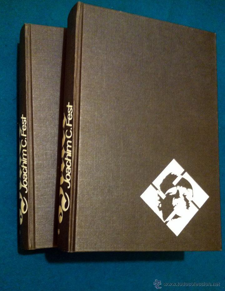 Libros de segunda mano: LB 20 - HITLER - BIOGRAFÍA DEFINITIVA - JOACHIM FEST - 2 TOMOS COMPLETA - NOGUER 1975 - COMO NUEVOS - Foto 2 - 44432322