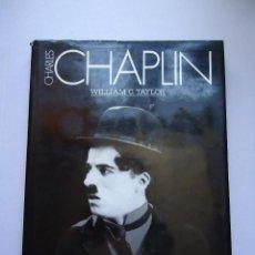 Libros de segunda mano: LIBRO. CHARLES CHAPLIN, ESTUDIO DEL MAYOR MITO DE SÉPTIMO ARTE, FOTOS, TODOS SUS CORTOS Y PELÍCULAS.. Lote 50055709