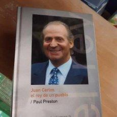 Livres d'occasion: LIBRO JUAN CARLOS EL REY E UN PUEBLO VOL I PAUL PRESTON 2004 ABC L-8760-359. Lote 77332377