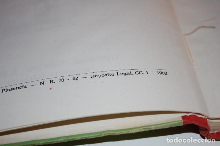 Libros de segunda mano: LOS HIJOS ILUSTRES DE ESPAÑA: CERVANTES. J. A. CABEZAS. PRIMERA EDICIÓN. (1962) VER FOTOS - Foto 6 - 103581847