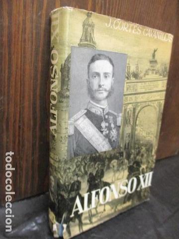 Libros de segunda mano: ALFONSO XII el Rey romántico - CORTES CAVANILLAS - Ed JUVENTUD 1969 - ILUSTRADO TAPA DURA - Foto 4 - 155864558