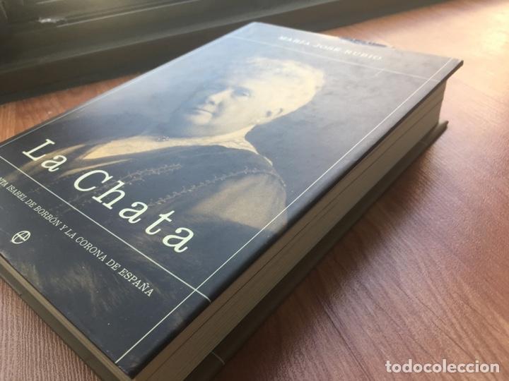 Libros de segunda mano: LA CHATA. MARIA JOSE RUBIO. LA ESFERA DE LOS LIBROS. 2003. MIDE: 24,8 X 16,8 CMS. - Foto 7 - 170245616