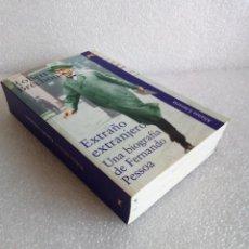 Libros de segunda mano: ROBERT BRÉCHON: EXTRAÑO EXTRANJERO UNA BIOGRAFÍA DE FERNANDO PESSOA ALIANZA. Lote 171431812