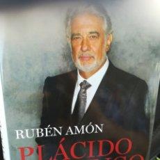 Libros de segunda mano: PLÁCIDO DOMINGO UN COLOSO EN EL TEATRO DEL MUNDO POR RUBÉN AMON. TAPA DURA CON SOBRECUBIERTA. Lote 175683670
