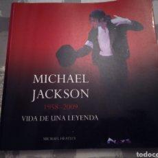 Libros de segunda mano: LIBRO MICHAEL JACKSON VIDA DE UNA LEYENDA 1958-2009. Lote 178973261