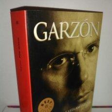 Libros de segunda mano: GARZÓN. PILAR URBANO. Lote 180075176