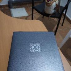 Libros de segunda mano: 300 AÑOS 300 VIDAS. Lote 214956210