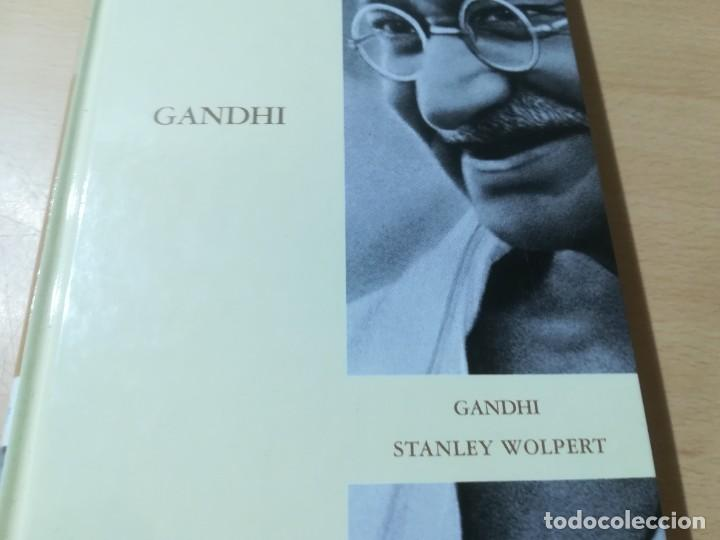 Libros de segunda mano: GANDHI / STANLEY WOLPERT / ABC PROTAGONISTAS SIGLO XX / AH55 - Foto 2 - 261121775