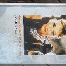 Libros de segunda mano: AUDREY HEPBURN EN EL RECUERDO / CRISTINA YUSTE / BIOGRAFIAS VIVAS ABC / X201. Lote 261126815