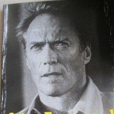 Libri di seconda mano: CLINT EASTWOOD - AVATARES DEL ÚLTIMO CINEASTA CLÁSICO - QUIM CASAS 2003. Lote 289746943