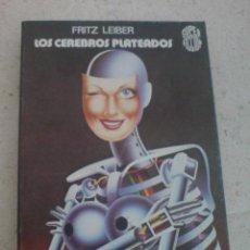 Libros de segunda mano: MARTINEZ ROCA SUPER FICCION CIENCIA FICCION LOS CEREBROS PLATEADOS LEIBER. Lote 21765086