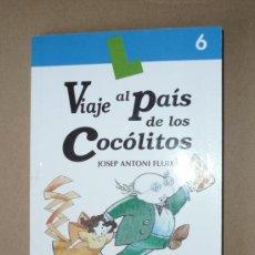 Libros de segunda mano: LIBRO. VIAJE AL PAIS DE LOS COCÓLITOS. Lote 28706875