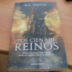 Libros de segunda mano: LOS CIEN MIL REINOS ( N.K. JEMISIN) PRIMERA EDICION (LE6). Lote 39268155